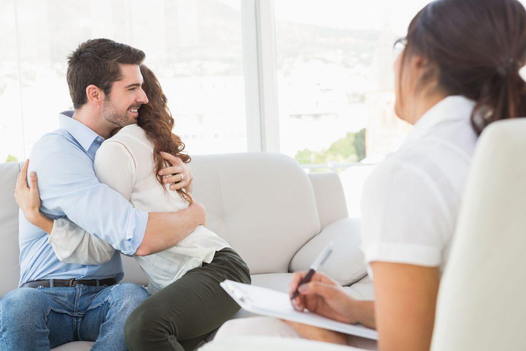مشاوره ازدواج تا چه حد میتواند کمک کند؟